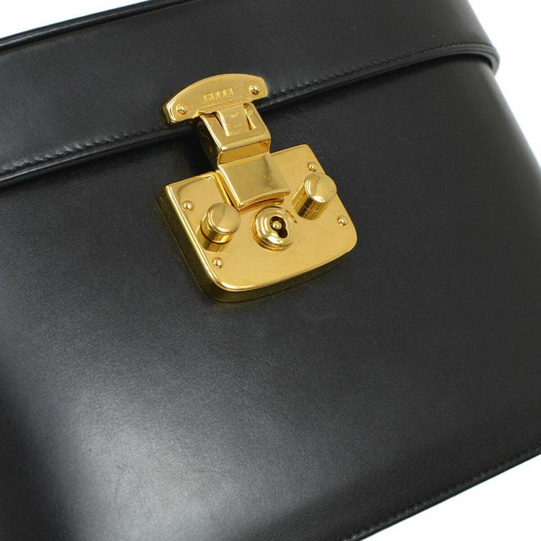 Leather Gold tone hardware Flip lock closure Leather lining Made in Italy Handle drop 5