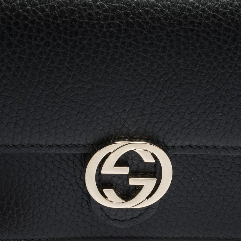 Gucci Black Leather Interlocking GG Wallet On Chain For Sale 6
