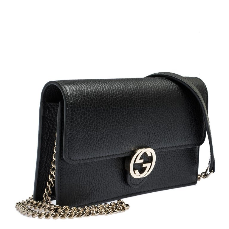 Women's Gucci Black Leather Interlocking GG Wallet On Chain For Sale