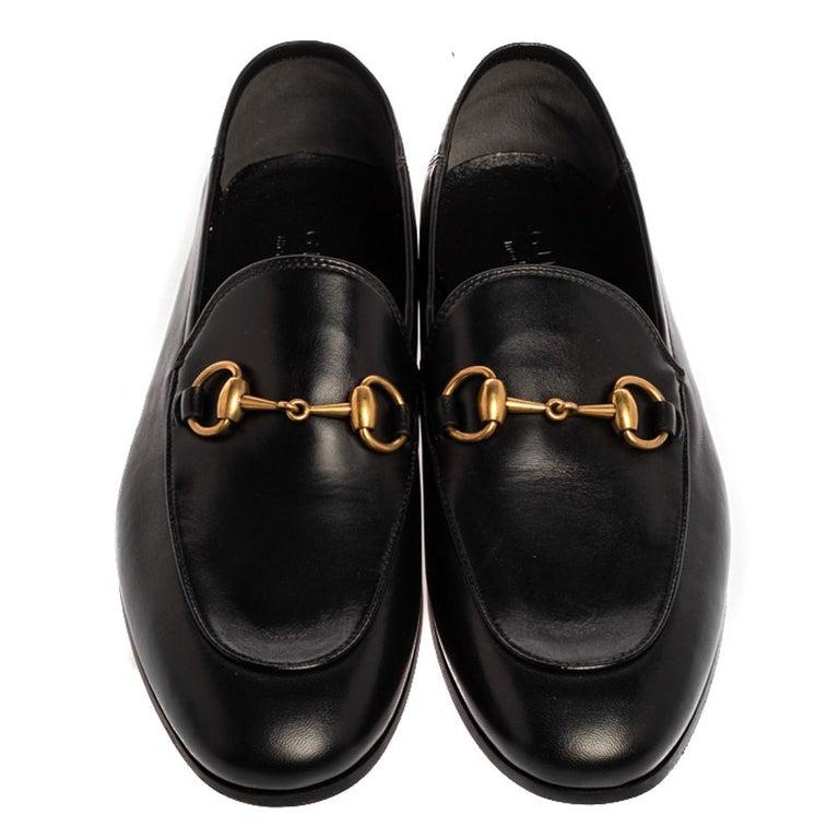 Gucci Black Leather Jordaan Horsebit Slip On Loafers Size 40 In New Condition In Dubai, Al Qouz 2