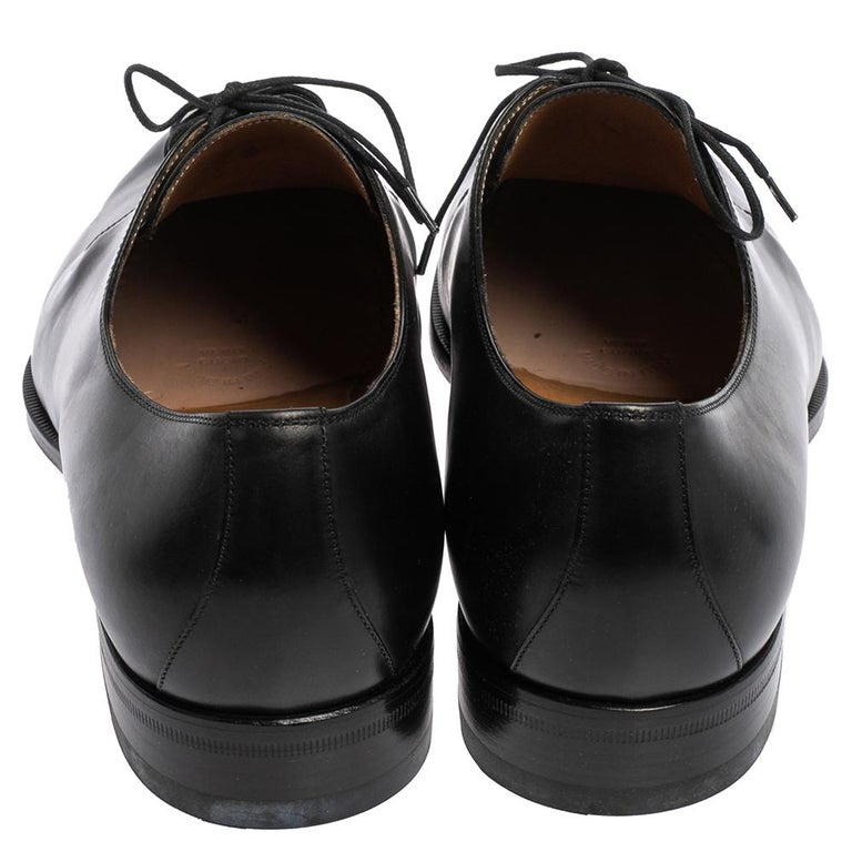 Gucci Black Leather Lace Up Derby Size 45 In Good Condition For Sale In Dubai, Al Qouz 2