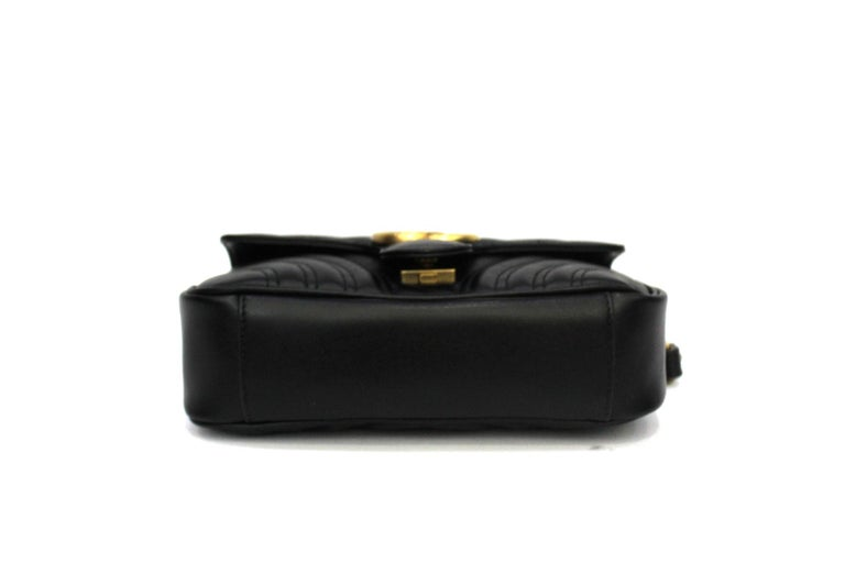 Women's Gucci Black Leather Marmont Bag  For Sale