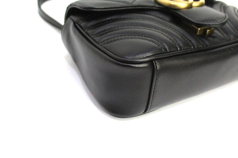 Gucci Black Leather Marmont Bag  For Sale 1
