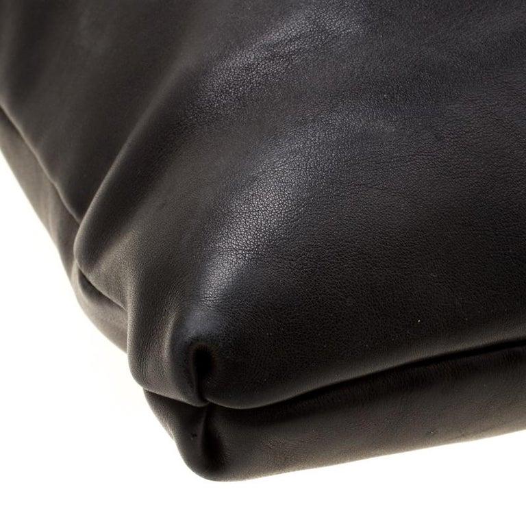 Gucci Black Leather Medium Handmade Shoulder Bag For Sale 6