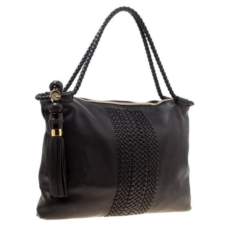Women's Gucci Black Leather Medium Handmade Shoulder Bag For Sale