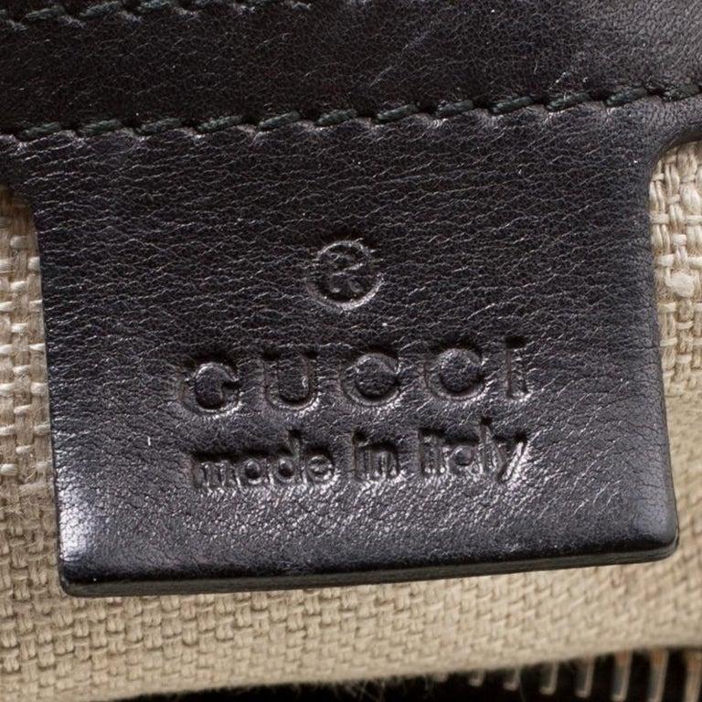 Gucci Black Leather Medium Handmade Shoulder Bag For Sale 3