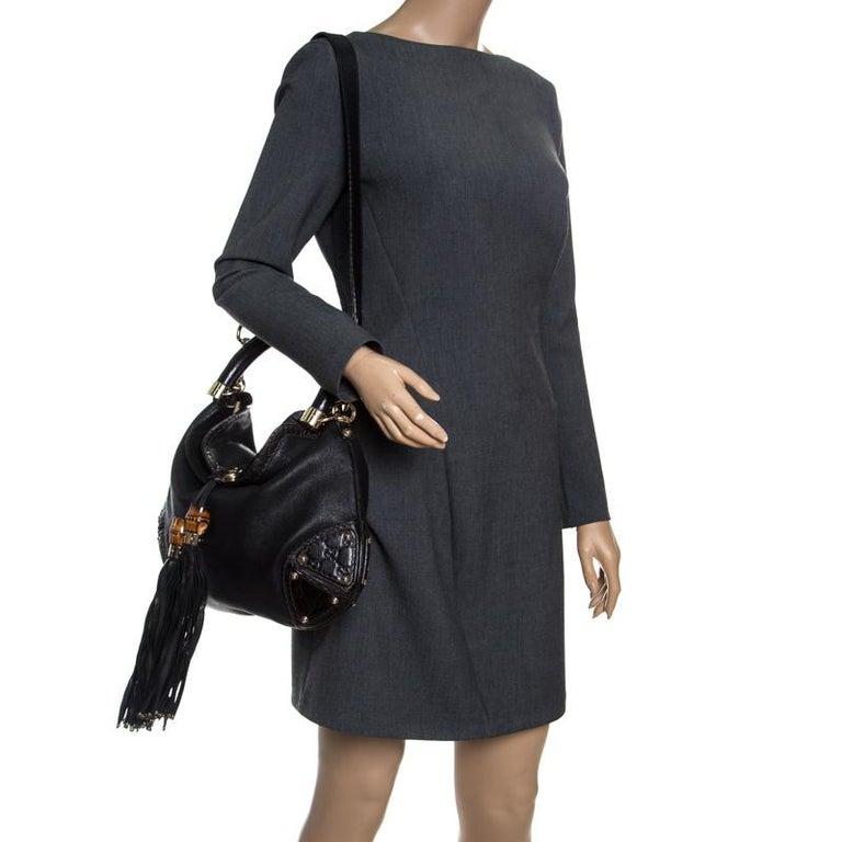 Gucci Black Leather Medium Indy Top Handle Bag In Good Condition For Sale In Dubai, Al Qouz 2