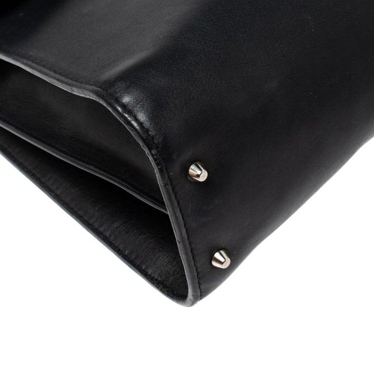 Gucci Black Leather Medium Interlocking GG Shoulder Bag For Sale 6