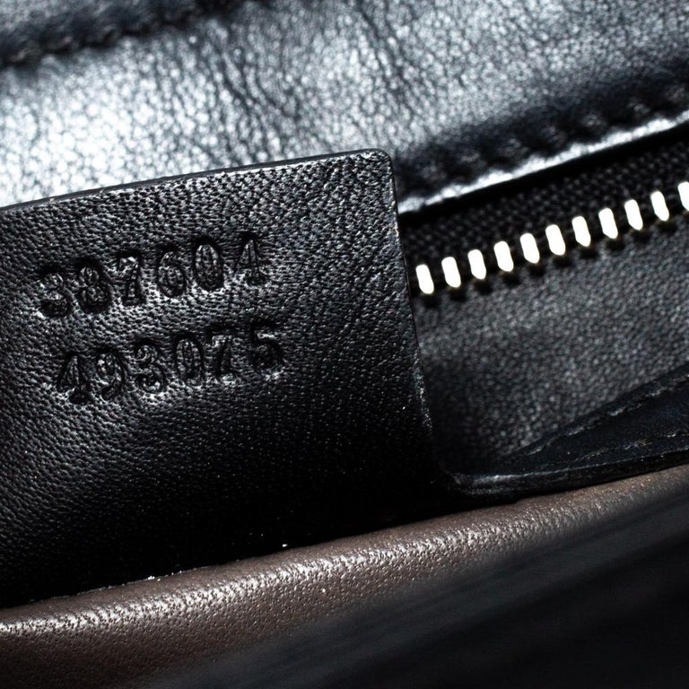 Gucci Black Leather Medium Interlocking GG Shoulder Bag For Sale 8