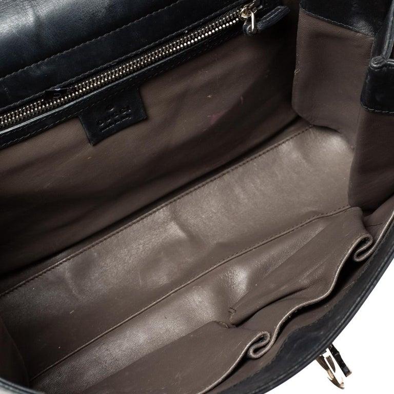 Gucci Black Leather Medium Interlocking GG Shoulder Bag For Sale 10