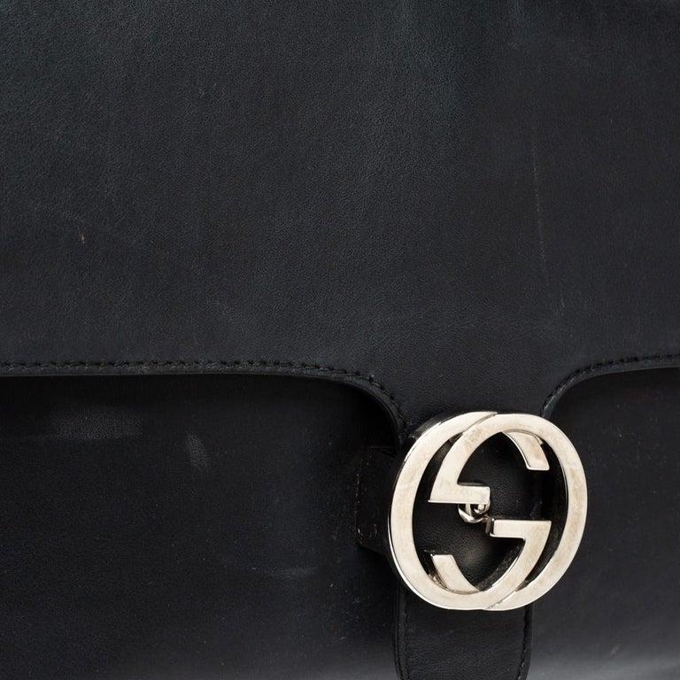 Gucci Black Leather Medium Interlocking GG Shoulder Bag For Sale 3