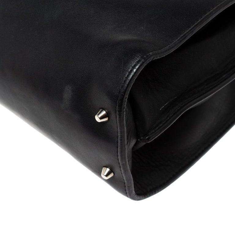 Gucci Black Leather Medium Interlocking GG Shoulder Bag For Sale 4