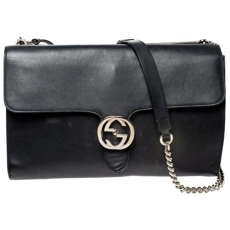 Gucci Black Leather Medium Interlocking GG Shoulder Bag For Sale