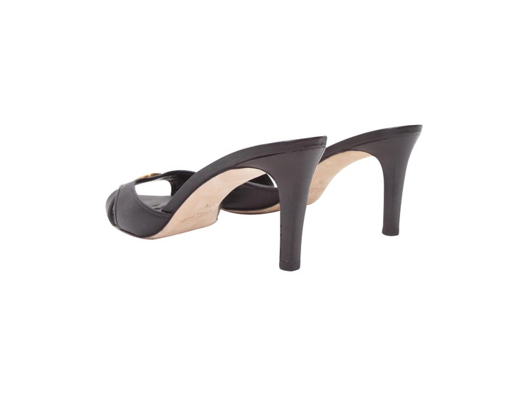 Gucci Black Leather Mule Kitten Heels In Good Condition For Sale In New York, NY