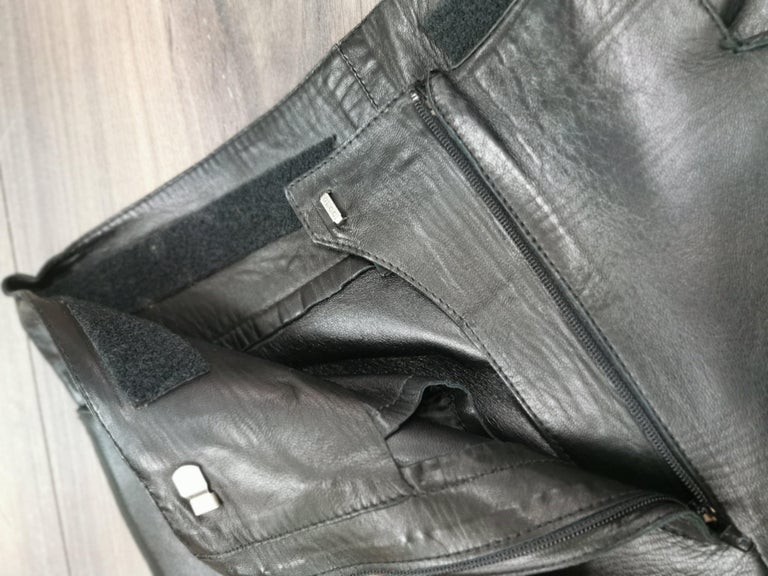 gucci black leather pants with mink fur size 40 For Sale 4