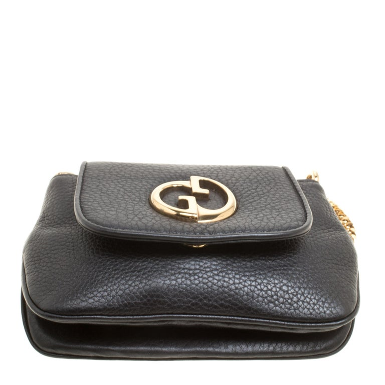f0c3e64f495 Gucci Black Leather Small 1973 Chain Crossbody Bag For Sale at 1stdibs