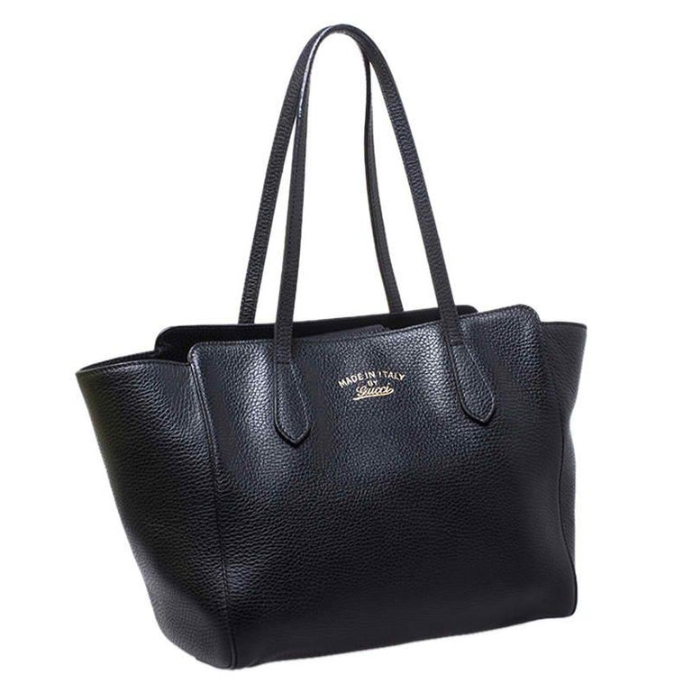 Women's Gucci Black Leather Small Swing Tote For Sale