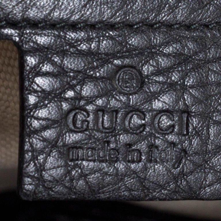 Gucci Black Leather Techno Horsebit Top Handle Bag For Sale 2