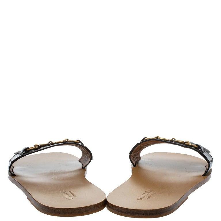 Gucci Black Leather Varadero Horsebit Slide Sandals Size 41.5 In Good Condition For Sale In Dubai, Al Qouz 2