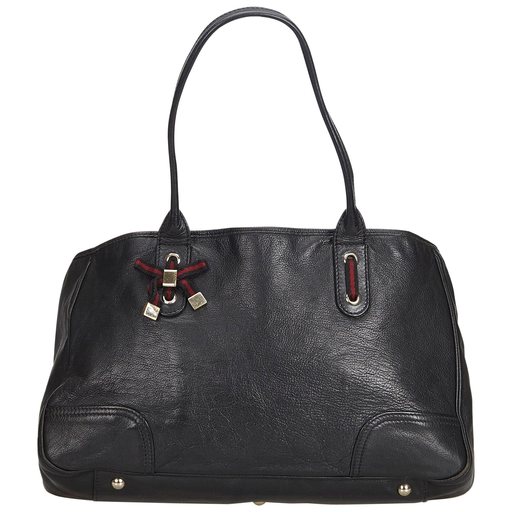 51183bcf3a Gucci Black Soho Large Leather Double-Chain-Strap Shoulder Bag at 1stdibs