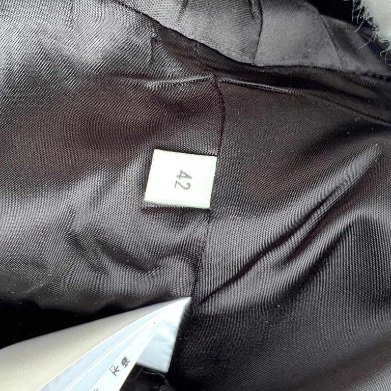 Gucci Black Linen Jacket with Contrast Silk Collar Size 42 For Sale 7