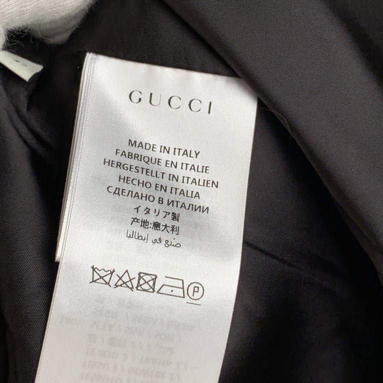 Gucci Black Linen Jacket with Contrast Silk Collar Size 42 For Sale 8