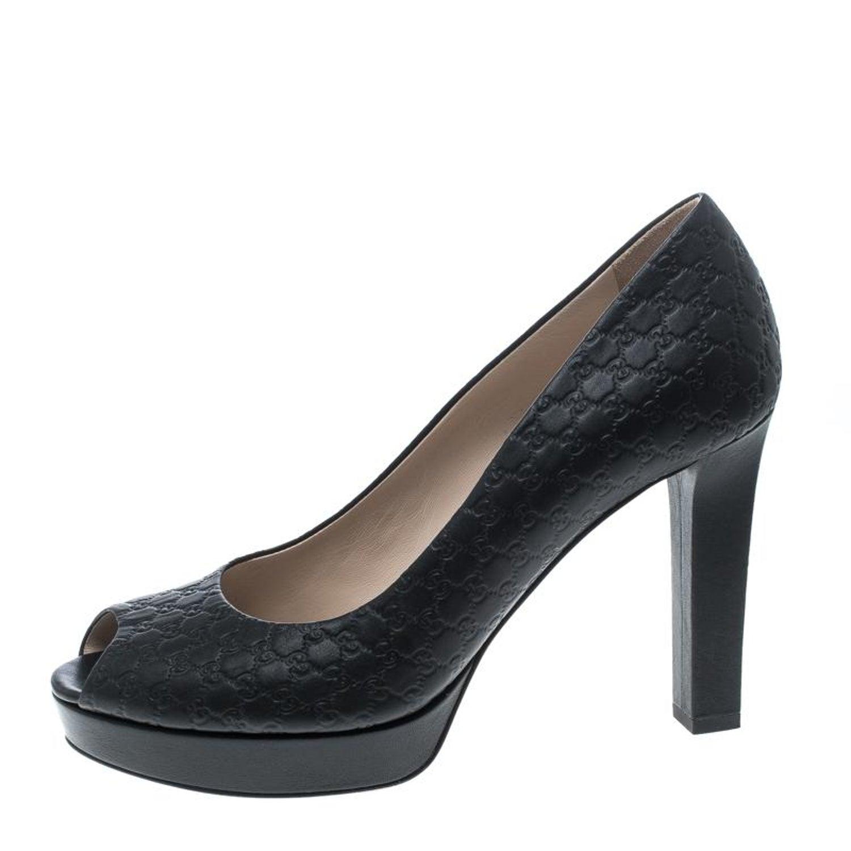 2b0d9ef7a30 Gucci Black Microguccissima Leather Peep Toe Platform Pumps Size 40 at  1stdibs