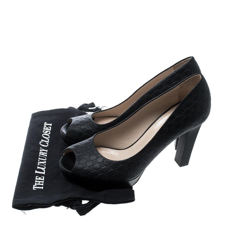 4aca3d02ed1 Gucci Black Microguccissima Leather Peep Toe Platform Pumps Size 40 For  Sale 2