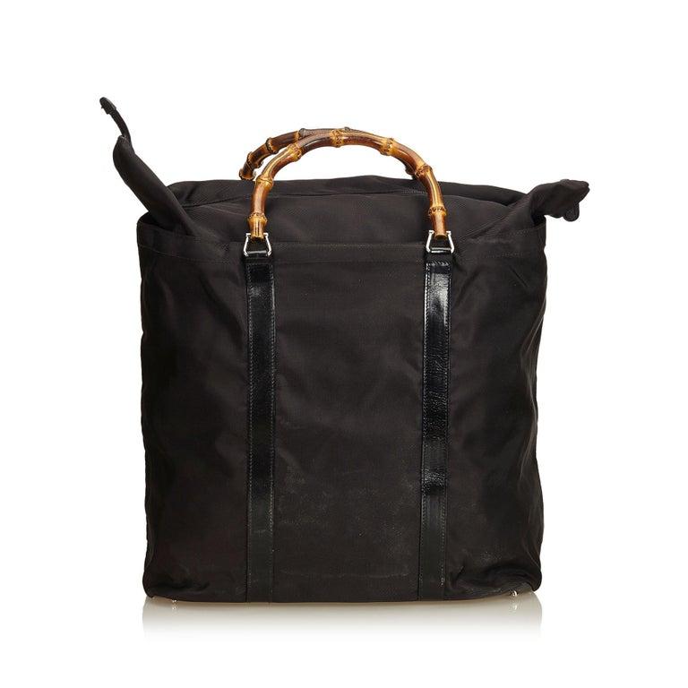 Gucci Black Nylon Bamboo Handbag In Good Condition For Sale In Orlando, FL