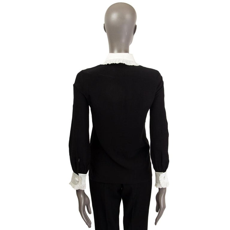 Women's GUCCI black & off-white silk RUFFLED BOW Blouse Shirt 38 XS For Sale