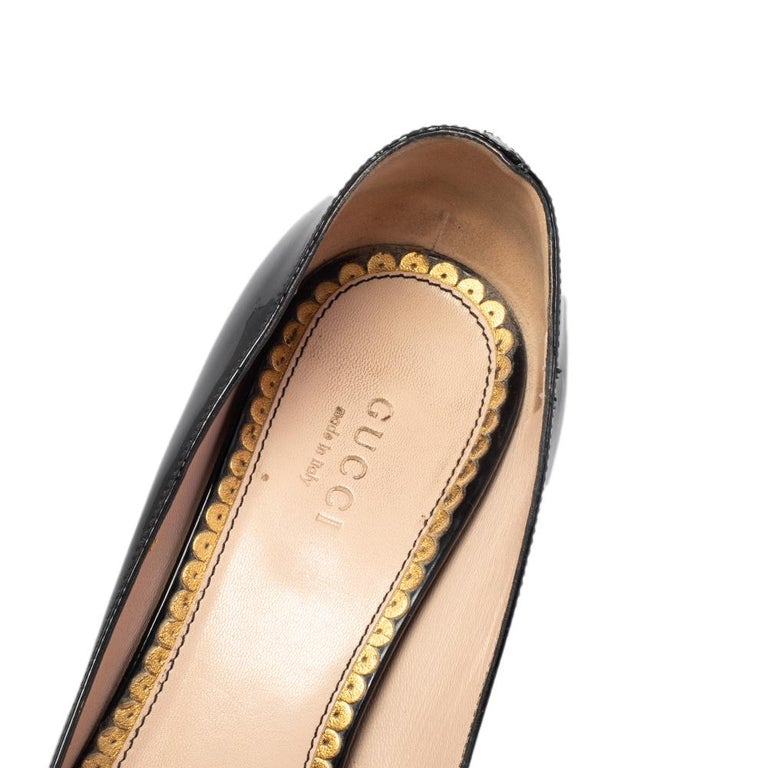 Gucci Black Patent Leather Arille Pearl Pumps Size 37 For Sale 2