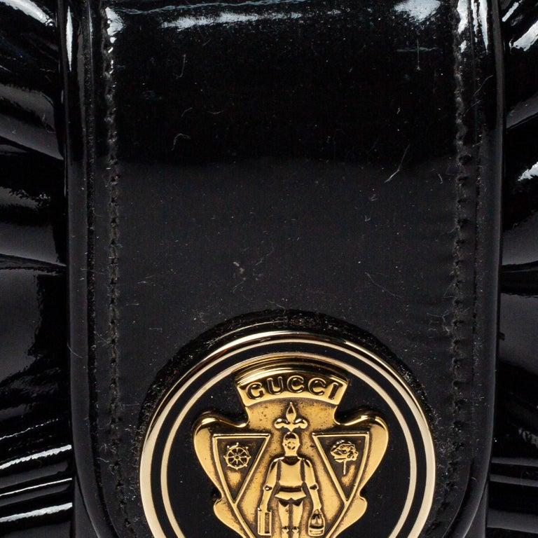 Gucci Black Patent Leather Hysteria Clutch For Sale 6