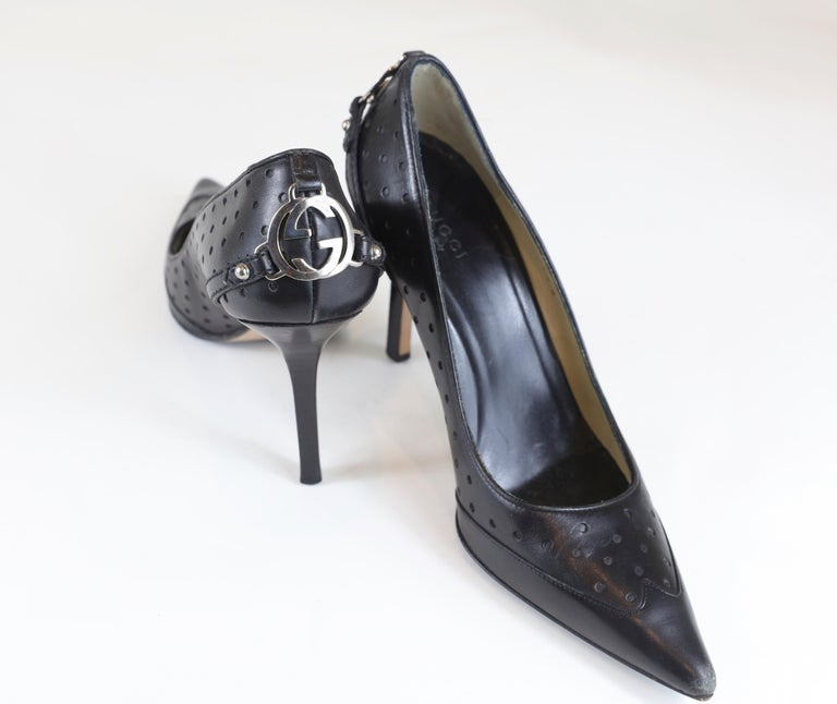 Women's Gucci Black Pointed Heels Size 6.5 For Sale