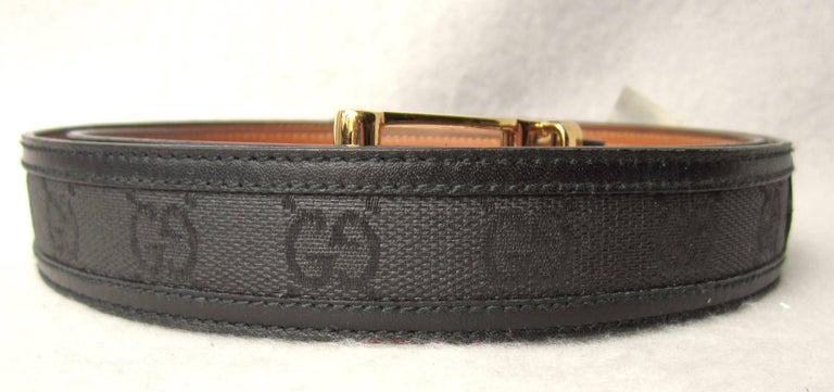 Gucci Black Signature GG Canvas & Leather Belt Never Worn w/ Tags Unisex 1990s In Excellent Condition For Sale In Wallkill, NY
