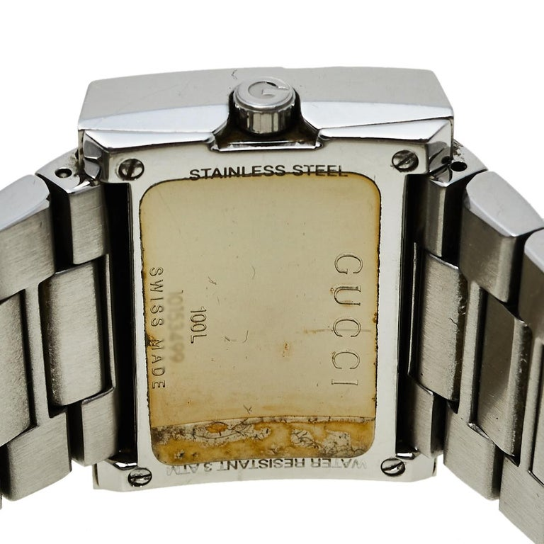 Contemporary Gucci Black Stainless Steel G-Rectangle 100L Women's Wristwatch 31 mm For Sale