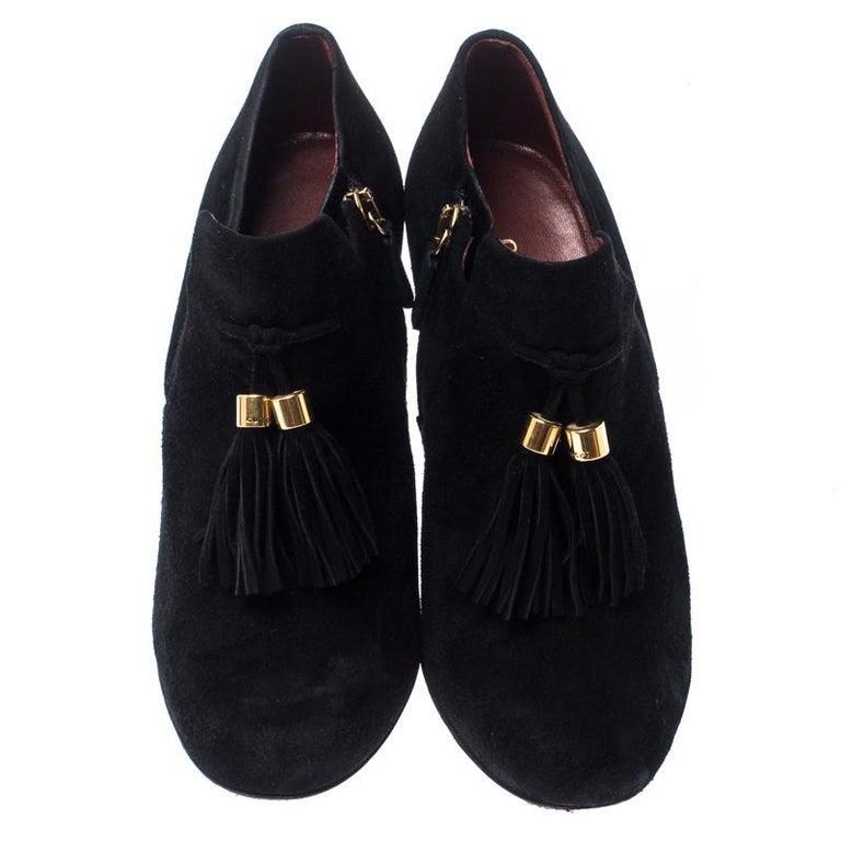 Gucci Black Suede Leather Tassel Booties Size 36.5 In Good Condition For Sale In Dubai, Al Qouz 2