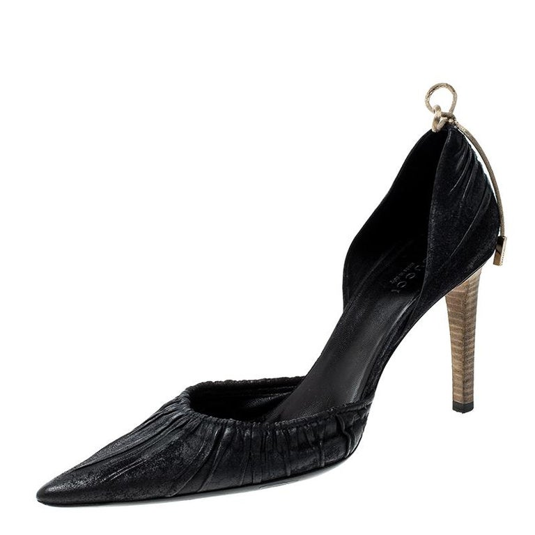 fada2c2b488 Gucci Black Suede Pointed Toe Bow Detail D orsay Pumps Size 37.5 For Sale