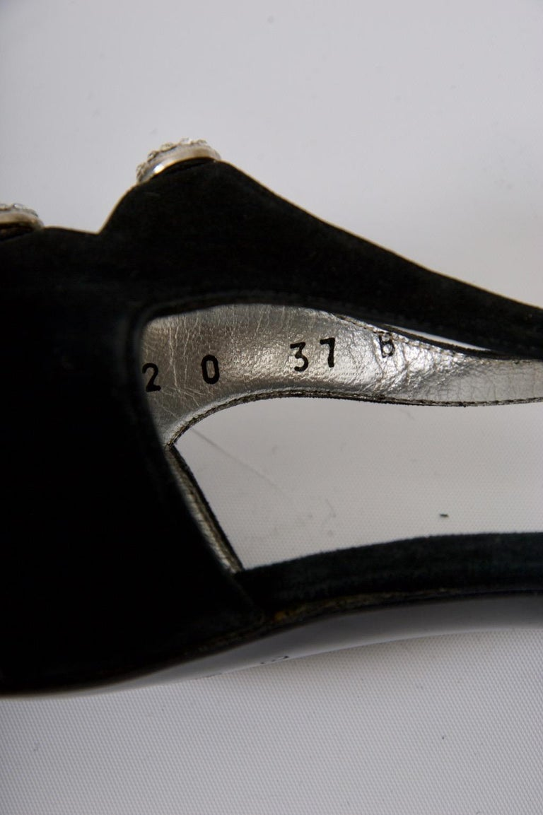 Gucci Black Suede Shoes with Rhinestone Accents For Sale 6