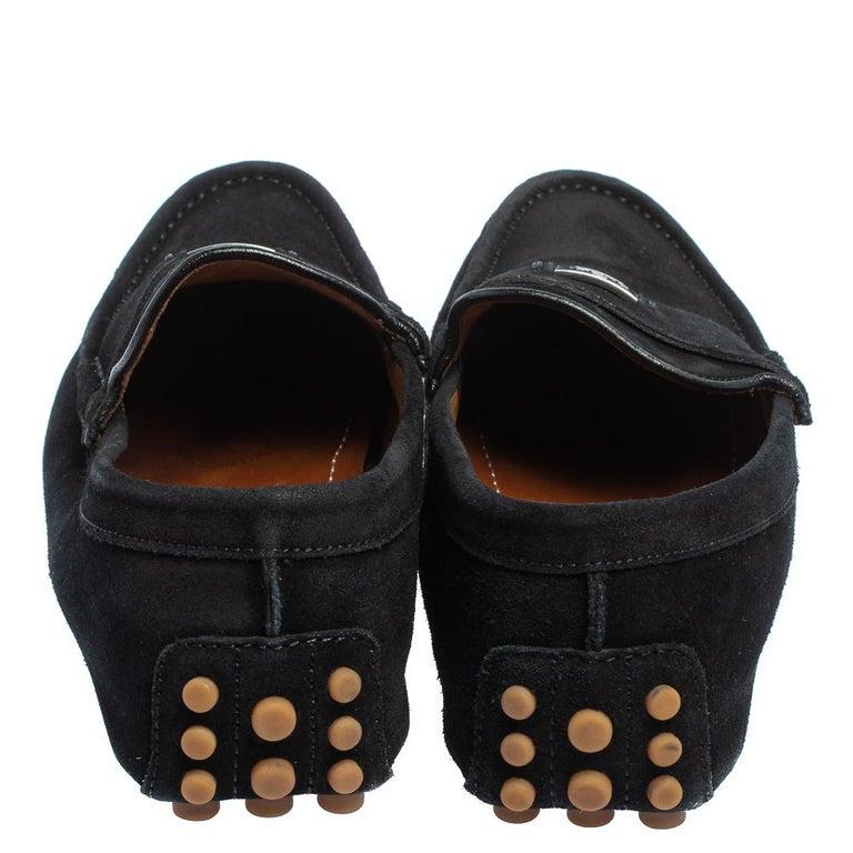 Gucci Black Suede Slip on Loafers Size 41.5 In Good Condition For Sale In Dubai, Al Qouz 2
