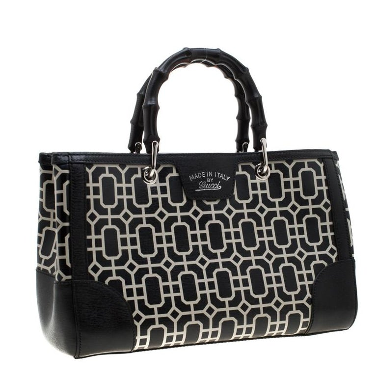 Women's Gucci Black/White Leather Bamboo Top Handle Shopper Tote For Sale