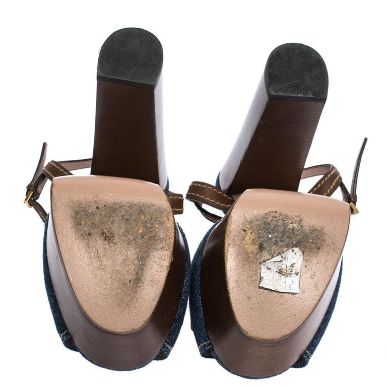 Gucci Blue/Brown Denim and Leather Claudia Horsebit Platform Sandals Size 37.5 For Sale 1