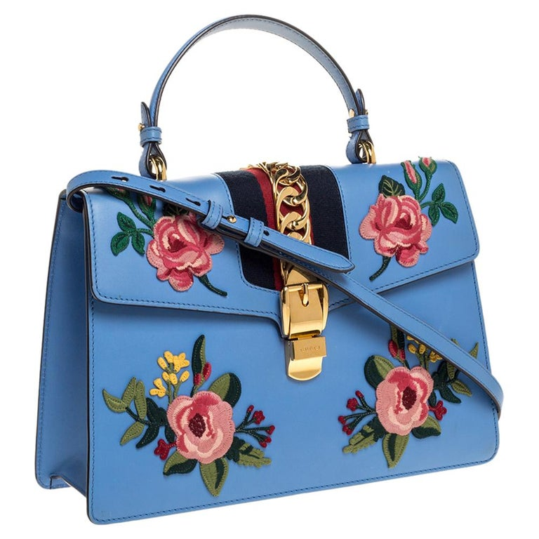 Gucci Blue Floral Embroidered Leather Medium Sylvie Top Handle Bag In Good Condition For Sale In Dubai, Al Qouz 2
