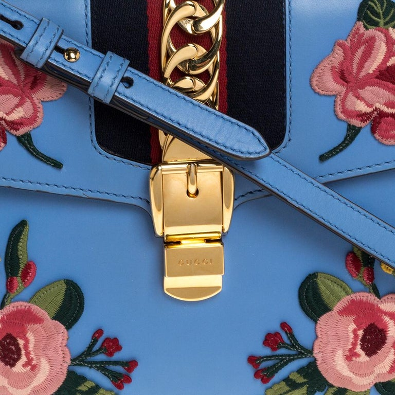 Gucci Blue Floral Embroidered Leather Medium Sylvie Top Handle Bag For Sale 5