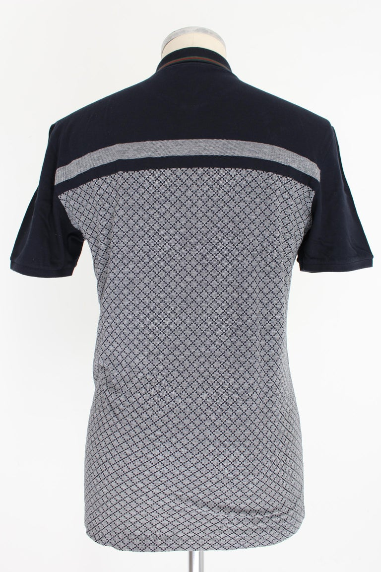 Gucci 2000s men's shirt. Slim fit polo shirt, blue and gray with checked designs, short sleeve. 100% cotton. Made in Italy. Excellent vintage condition.  Size: XL / 52 It 42 Us 42 Uk  Shoulder: 50 cm Bust / Chest: 52 cm Sleeve: 22 cm Length: 74 cm