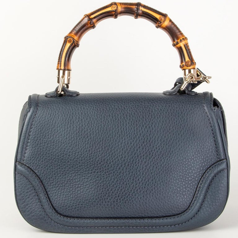 GUCCI blue leather NEW BAMBOO MEDIUM TOP HANDLE Shoulder Bag In Excellent Condition For Sale In Zürich, CH