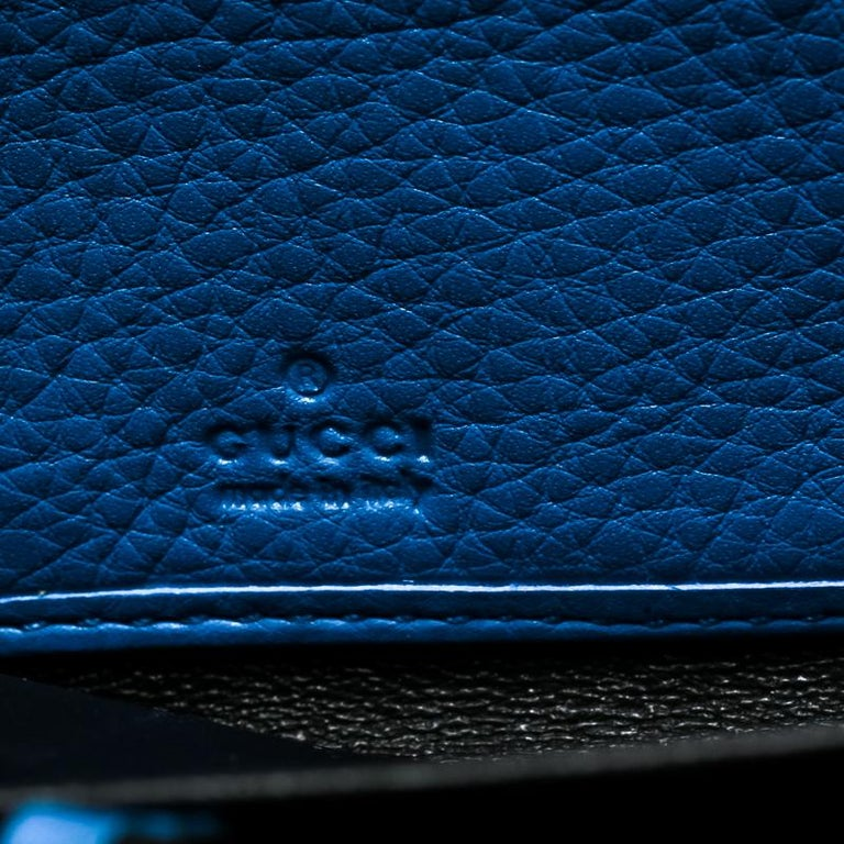 48f508587bb8f5 Gucci Blue Leather Soho Zip Around Wallet For Sale at 1stdibs