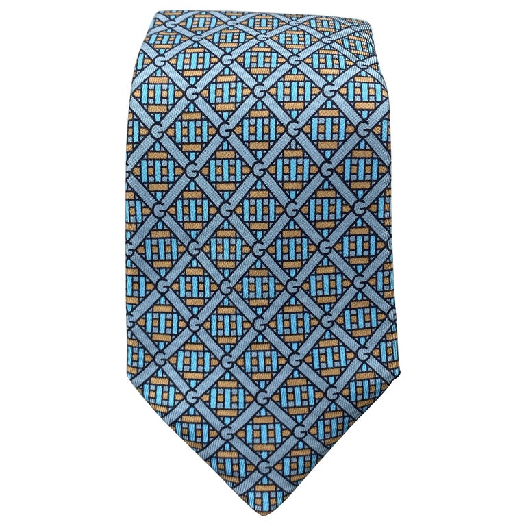 GUCCI Blue & Taupe Interlock G Monogram Print Silk Tie For Sale
