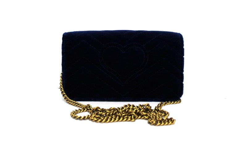 Gucci Blue Velvet Marmont Bag In New Condition For Sale In Torre Del Greco, IT