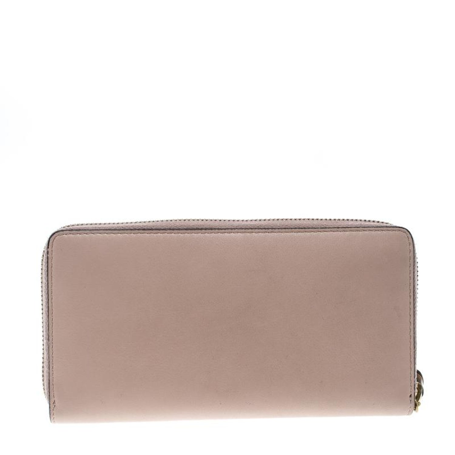 26c053d68e9f Gucci Blush Pink Leather Bamboo Zip Around Wallet For Sale at 1stdibs