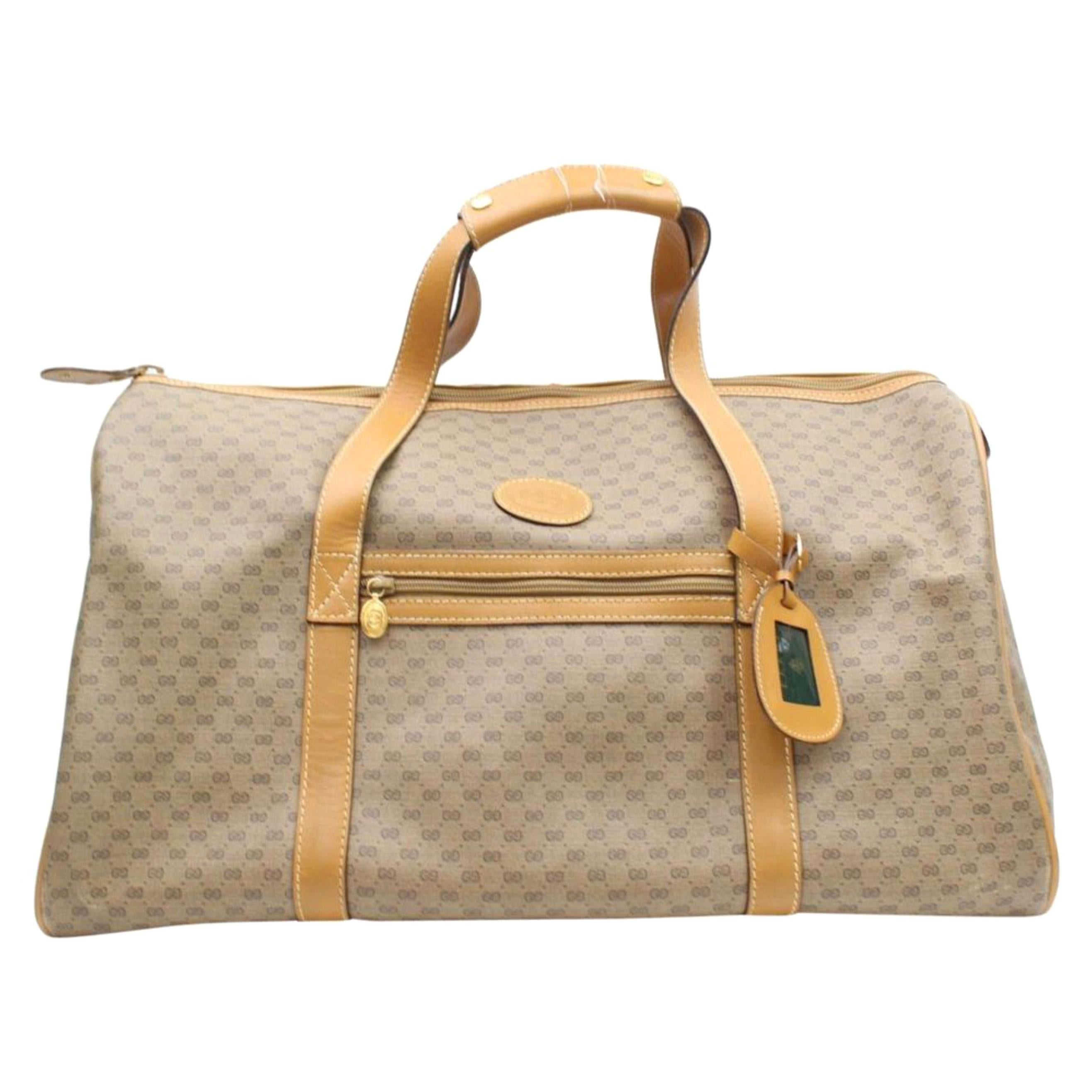 87a09c26bc8 Vintage Gucci Luggage and Travel Bags - 84 For Sale at 1stdibs